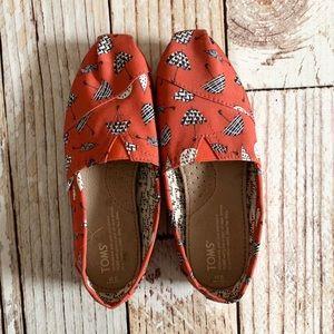 Toms Red Umbrella Print Shoes 6